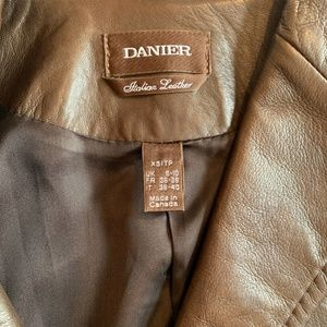 Danier Jackets & Coats - Danier Brown Leather Blazer Size XS fit Small